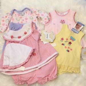 Bundle NWT NWOT 4 Baby Girl 6-9 mo Clothes💕💕